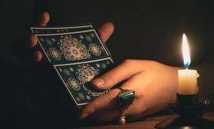 Aprenda um ritual de tarô para atrair um novo amor