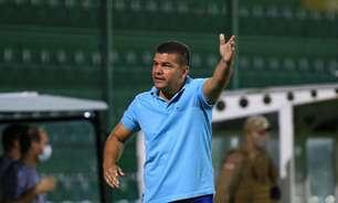 Sport se aproxima da contratação de Umberto Louzer