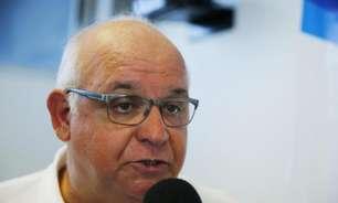 Romildo Bolzan quer definir situações políticas no Grêmio para escolher o novo técnico