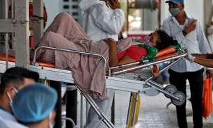 Sistema de saúde da Índia desmorona sob a covid-19