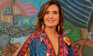 Fátima Bernardes usa macacão com estampa de lenço de R$ 449