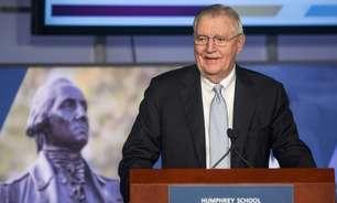 Ex-vice-presidente dos EUA, Walter Mondale morre aos 93 anos