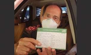 Muricy Ramalho recebe primeira dose da vacina contra a Covid-19