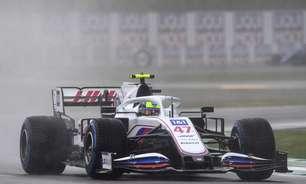 """Chefe da Haas vê progresso com carros terminando GP em Ímola: """"É nosso plano"""""""