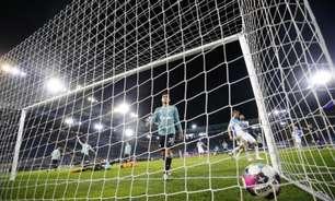Após rebaixamento, torcida do Schalke 04 arma emboscada contra jogadores e comissão técnica