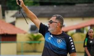 Gláucio Carvalho projeta segunda partida do Botafogo no Brasileirão Feminino: 'Vamos para cima'
