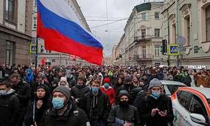 Rússia prende pelo menos 400 pessoas em manifestações para Navalny