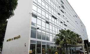 MEC deixa de contar alunos e erra repasses a escolas