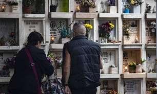 Roma reduz burocracia para acelerar cremação de corpos