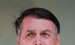 É impressionante como só se fala em vacina, diz Bolsonaro