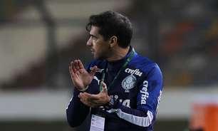 Após vitória emocionante, Abel elogia atuação e entrega do Palmeiras em estreia da Libertadores