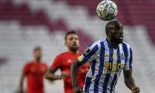 Com golaço de Cebolinha, Benfica e Porto ficam no empate pelo Português