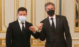 """EUA defendem Ucrânia contra ações """"imprudentes"""" da Rússia, diz Blinken"""