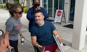 Chris Weidman relata 'dores brutais' e revela medo de ter perna amputada após lesão assustadora no UFC 261