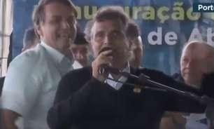 Nelson Piquet sobe em palanque com Bolsonaro e ataca TV Globo; veja o vídeo