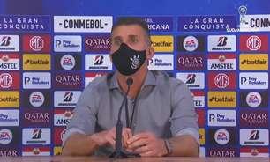 Mancini aprova esquema com três zagueiros no Corinthians: 'Maneira mais eficaz de jogar'