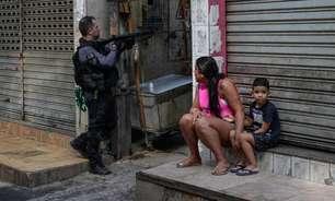 """""""Foram para matar todo mundo"""", diz moradora do Jacarezinho"""