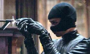 """Vídeo de """"Batman"""" destaca Zoë Kravitz como Mulher-Gato"""