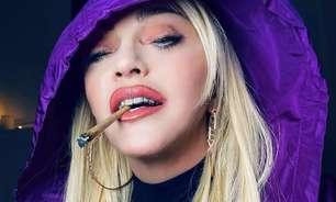"""Madonna fuma """"baseado"""" em clipe de Snoop Dogg"""