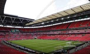 Inglaterra pressiona Uefa por final da Champions League em Wembley