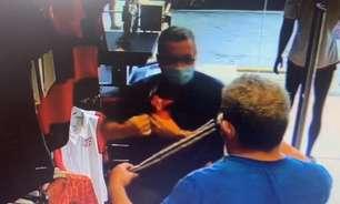 Idosos são flagrados furtando camisa do Flamengo em Manaus