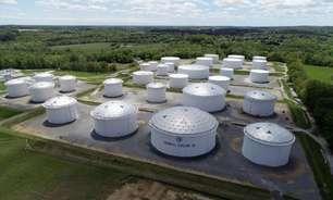 Oferta de combustíveis nos EUA aperta com 5° dia de paralisação em oleodutos
