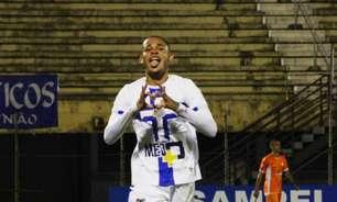 Após gol da vitoria contra o Atibaia, Renato mira liderança da Série A2, pelo Água Santa