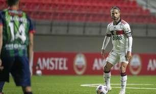 Diego cita aprendizado em tropeço e pede Flamengo focado nas próximas partidas: 'Ideal é não sofrer gols'
