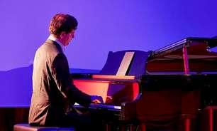 """Aurélien Pontier revisita Schubert em """"My Piano Library"""""""