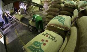 IBGE reduz em 0,6% previsão de safra de café do Brasil de 2021