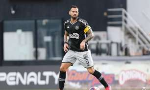 Leandro Castan elogia trabalho de Marcelo Cabo no Vasco, e projeta decisão contra o Botafogo