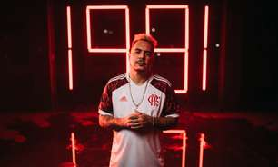 Com participação de Marcelo D2, Flamengo divulga vídeo de lançamento da nova camisa 2; assista