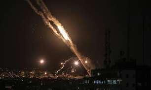 Exército de Israel faz ataques aéreos e terrestres contra Gaza