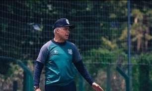 Pressionado, Jorginho promete reformulação no Figueirense