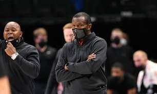 Pistons estende contrato de Dwane Casey