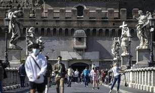 Com números em queda, Itália relaxa regras para quase todo país