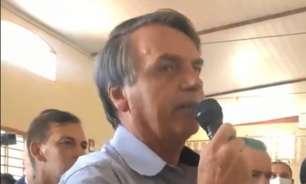 Bolsonaro causa aglomeração em visita a centro gaúcho em Brasília