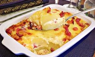 Batata gratinada com bacon para saborear no final de semana