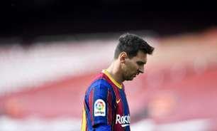 Barcelona leva virada no final e dá adeus às chances de título em La Liga
