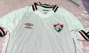 Foto da nova camisa 2 do Fluminense 'vaza' nas redes sociais antes do lançamento do uniforme