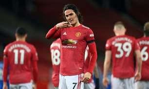 Cavani conta que decisão de permanecer no Manchester United teve influência de companheiros