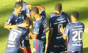 Fortaleza mantém liderança ao golear Icasa por 6 a 0, e conhece adversário na semi do Cearense