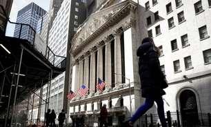 Wall St encerra em queda, pressionada por ações de tecnologia