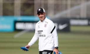 Preparador físico do Corinthians admite tristeza por eliminação, mas valoriza semana de 'recuperação'