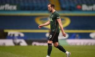 Técnico do Tottenham diz que Kane está comprometido com o clube