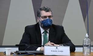 Araújo nega que política do Itamaraty atrapalhou pandemia