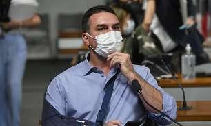 CPI: Flávio tenta contornar fala do pai sobre 'gripezinha'