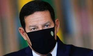 Após fala de Bolsonaro, Mourão admite alta no desmatamento
