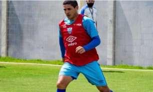 Diego Renan lamenta empate do Avaí na Ressacada