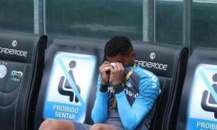 Jovem goleiro do Grêmio se emociona por estrear em título da Recopa Gaúcha